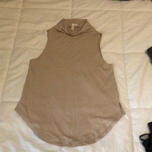 Leith XS sleeveless top cream color mock neck